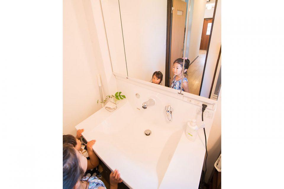 洗面台 将来は朝取り合いになるのかな?
