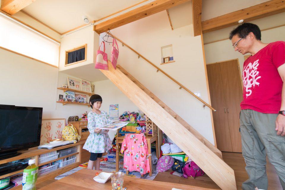 階段下は娘さんのスペース