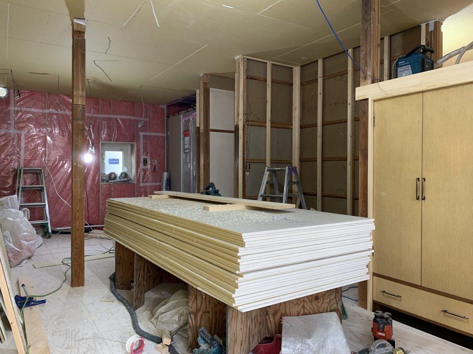 施工中:和室6畳がこんな状態に…