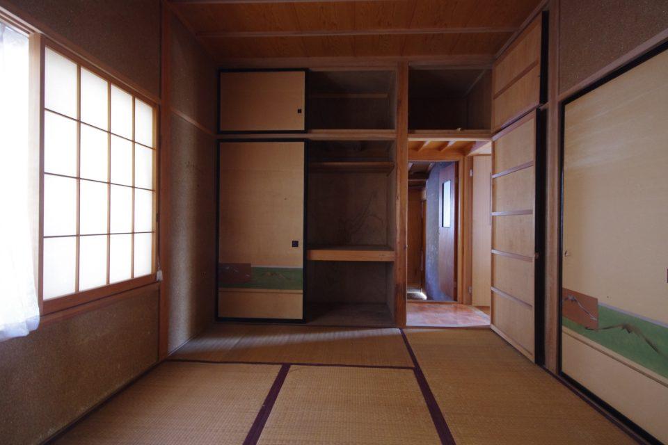 内装:この部屋はトイレ~洗面所に変わります