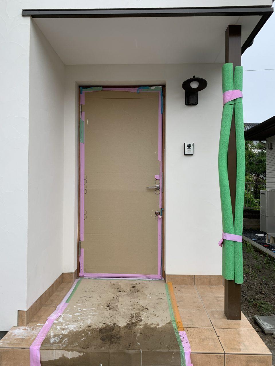 今回はどんなドアなんでしょうか?