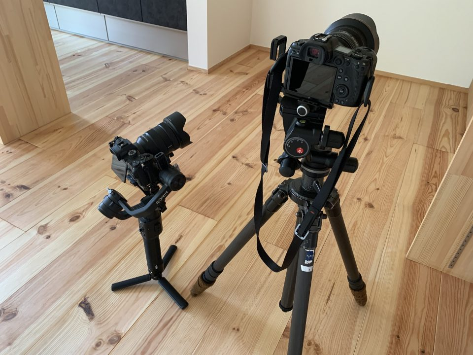 引き渡し前日にカメラマンによる竣工写真を撮影した。 動画も撮影したので、近いうちにホームページ上で公開します。 (完成見学会の代わりに)