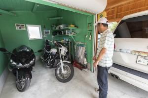 バイクガレージを自家塗装