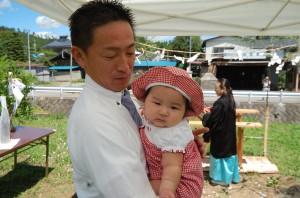 地鎮祭当日。Reborn社長坂田とまだ赤ちゃんのシホちゃん