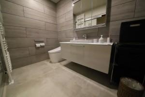 まるでラグジュアリーホテルのような洗面所とお手洗い