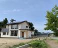 広い敷地で、パッシブハウスの条件が整った。さらに太陽光発電パネルを搭載し、地域型住宅グリーン化事業・ゼロエネで補助金ゲット!