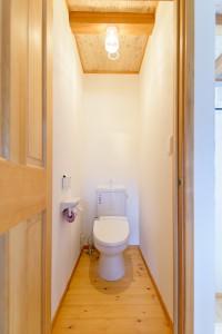 57二階トイレ
