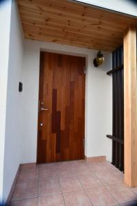 玄関ドアはRebornオリジナル