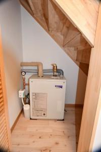 階段下暖房用ボイラー