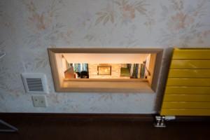 22.二階寝室、吹き抜けからストーブの熱を取り入れる穴
